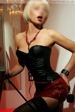Mistress Monika escort